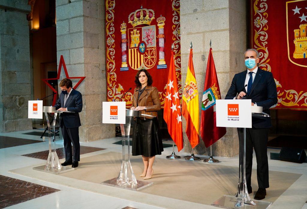 Isabel Díaz Ayuso, José Luis Martínez-Almeida y Enrique Ruiz Escudero