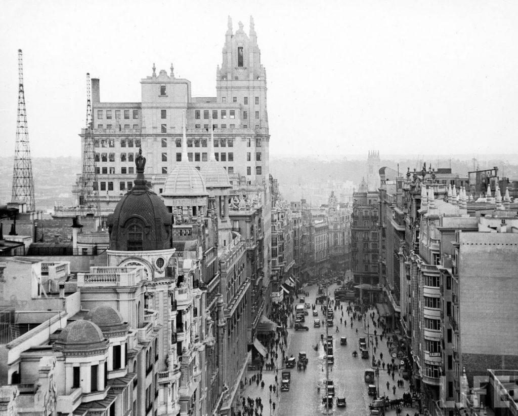 Los 'mil y un' nombres de la Gran Vía madrileña