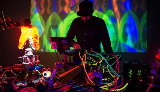 Canal Connect: instalaciones interactivas de arte, ciencia y tecnología