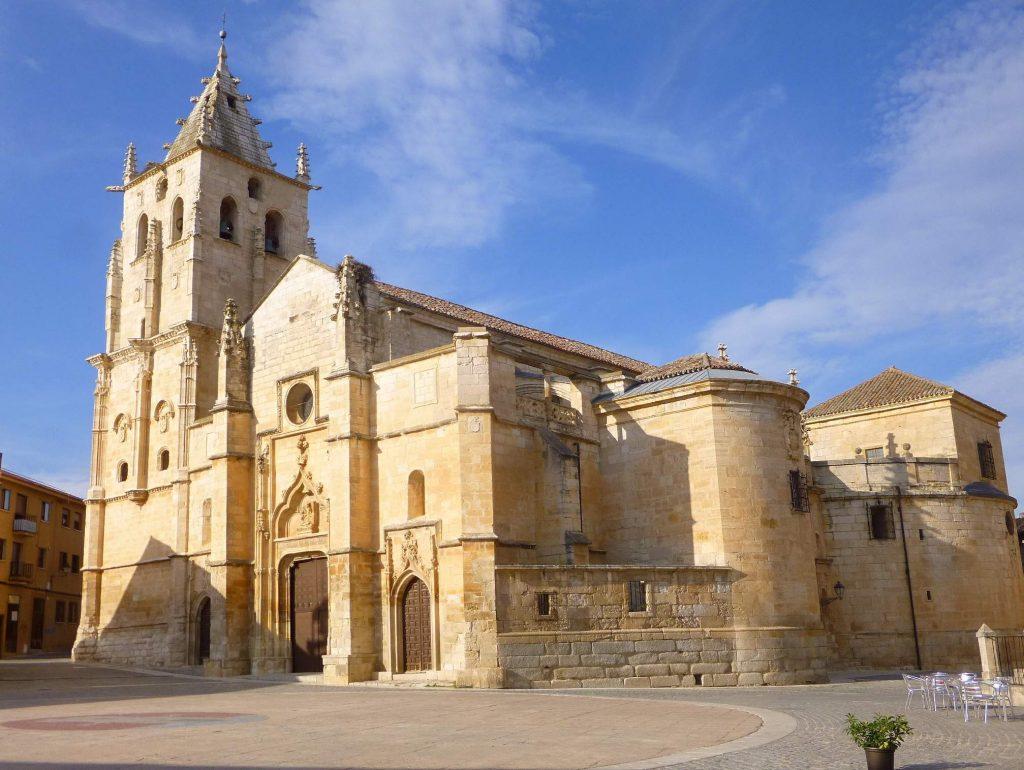 Ruta por los templos monumentales de la Sierra Norte de Madrid